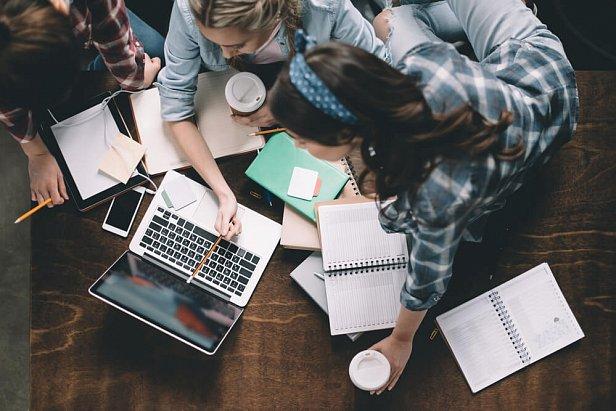 Английский онлайн: как выбрать школу и преподавателя