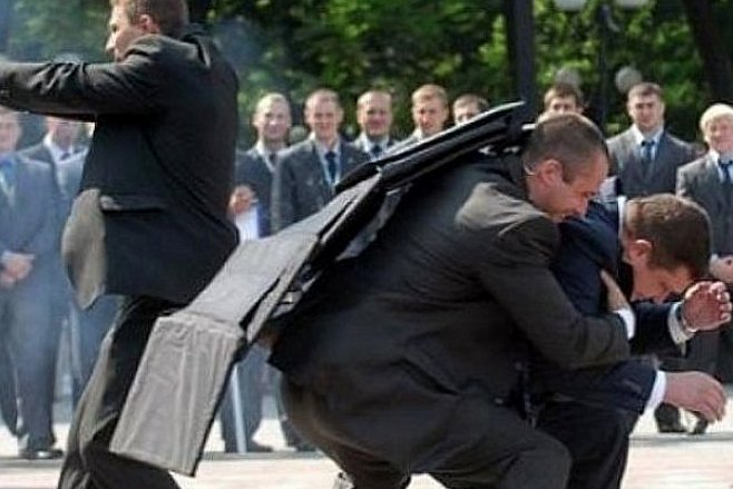 Голая атака на Порошенко: появилось доказательство причасти России