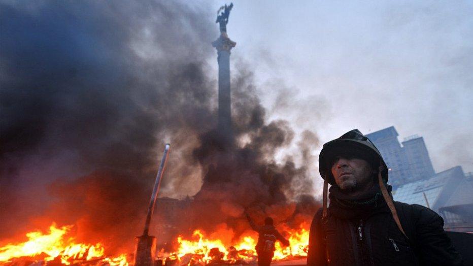 До гибели первого милиционера на Майдане убили 15 протестующих — расследование