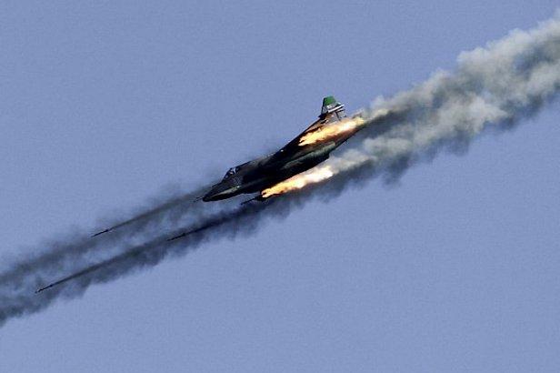 МОЛНИЯ: Израиль нанес новые авиаудары