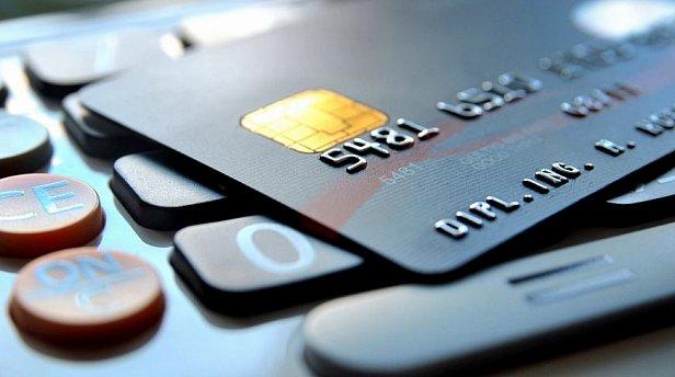 Банки начали передавать информацию о бизнесменах в налоговую