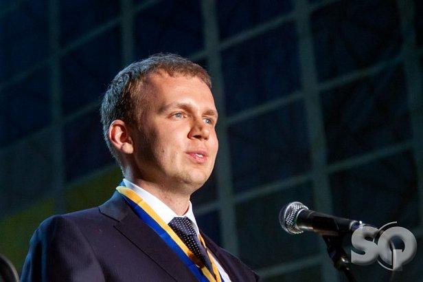 Украина попросила Интерпол объявить Курченко в международный розыск
