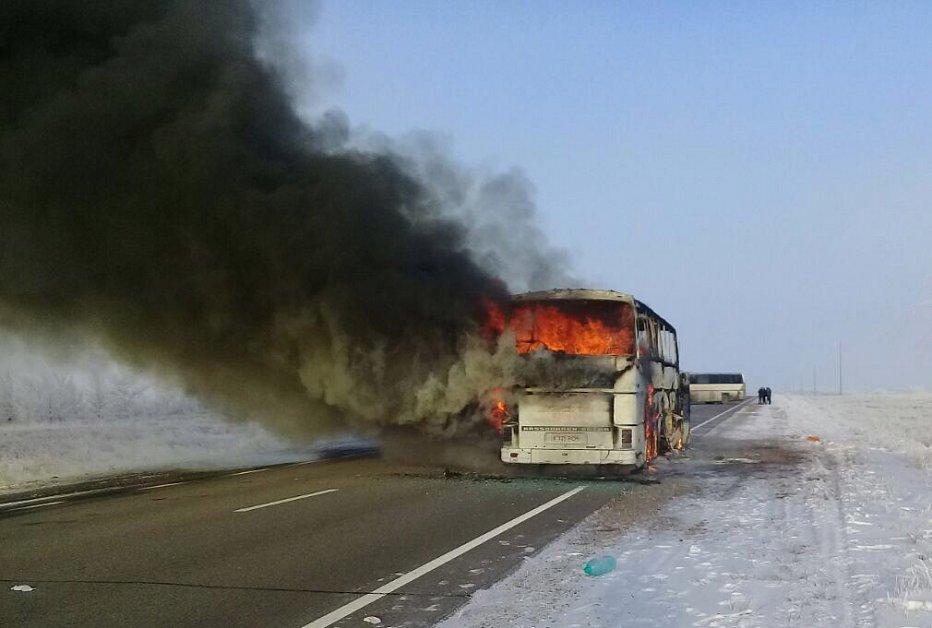 Названа предварительная причина возгорания в автобусе в Казахстане