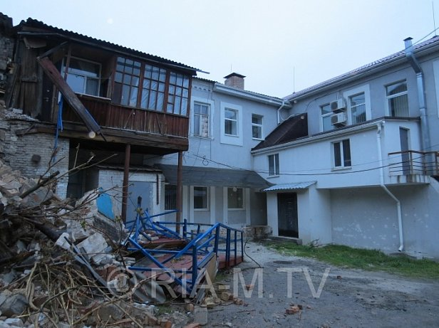 В Мелитополе рухнула жилая двухэтажка