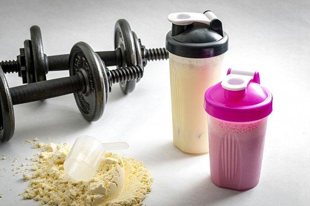 Протеины и гейнеры: разница и польза
