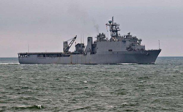 МОЛНИЯ: В Черное море вошел американский десантный корабль с 500 морских пехотинцев на борту