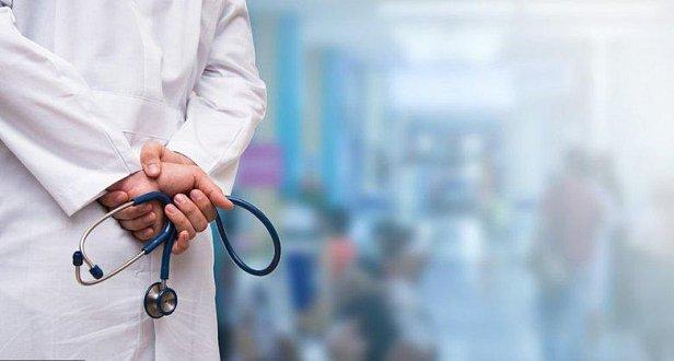 """""""Конкурентная"""" зарплата: стало известно, сколько зарабатывают врачи в Украине"""