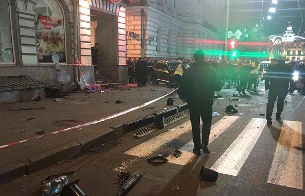 фото - смертельное ДТП в центре Харькова