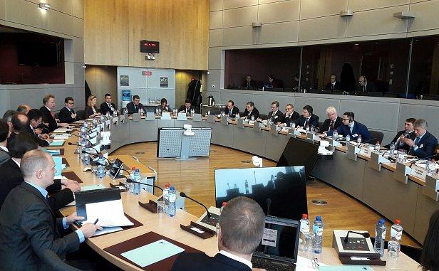 Фото - газовые переговоры в Брюсселе