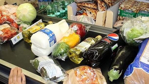 Расходы украинцев на продукты вошли в топ мировых рейтингов