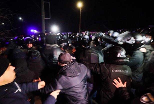 фото - онлайн протесты в Новых Санжарах