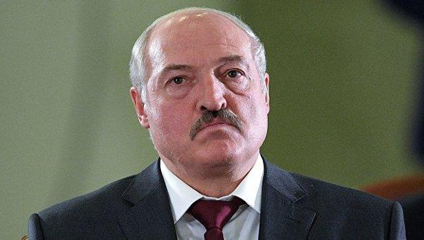 """""""На Россию нельзя положиться"""": Лукашенко решил вооружить армию"""