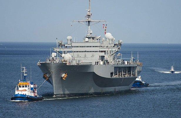 В Чёрное море вошёл флагман 6-го флота ВМС США