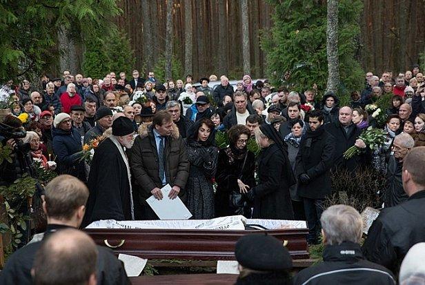 Похороны в Украине по-новому: Рада отменит скандальную норму