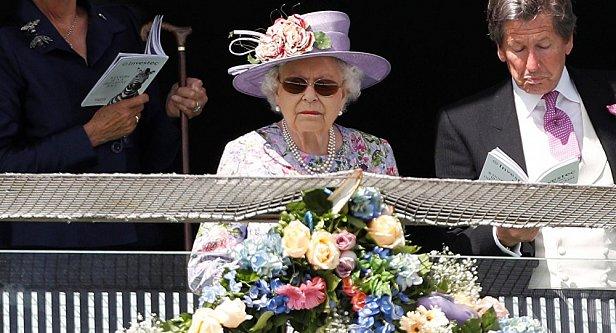 Фото - Королева Великобритании Елизавета II