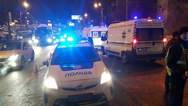 Трёхлетняя девочка, пострадавшая в ДТП в Киеве, скончалась в реанимации