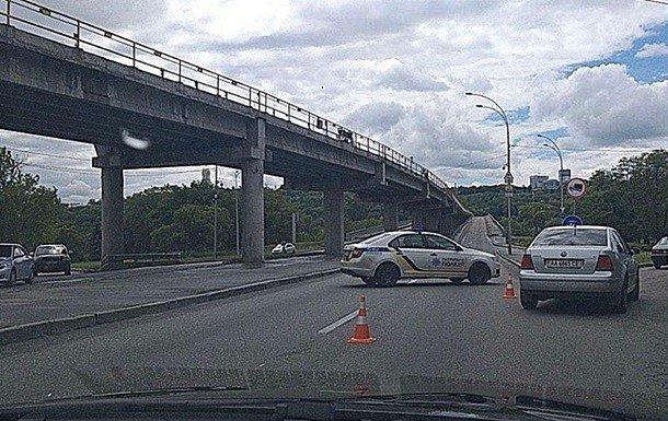 фото - мост Метро в Киеве заминирован