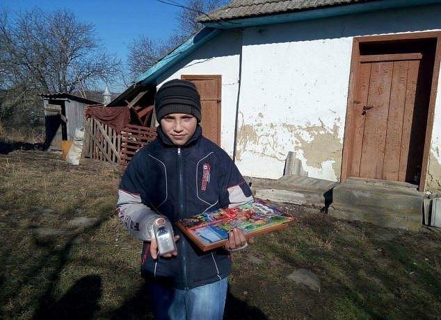 Маленький герой: переселенец с Луганщины вынес трьох братьев из пожара