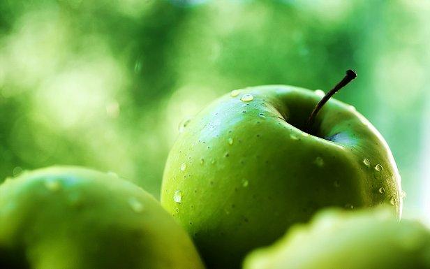 Своей нынешней ценой украинское яблоко обязано урожаю