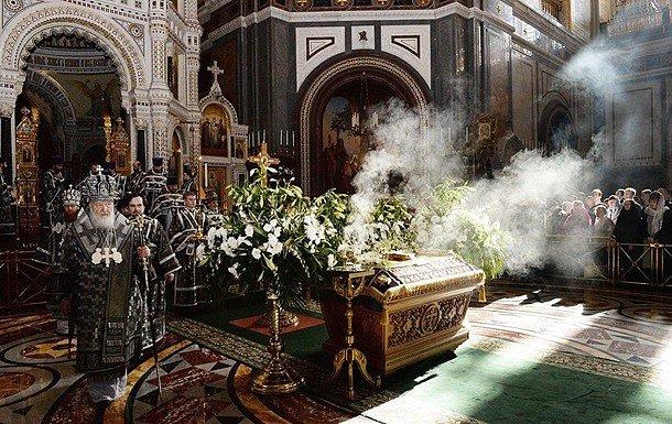 Фото — Коронавирус в церкви