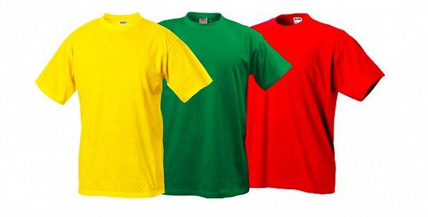 Использование брендированных футболок