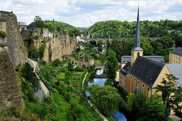 Люксембург провел 172 секретные налоговые сделки после LuxLeaks