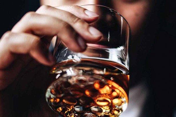 В Украине хотят  поднять цены на алкоголь: названы цифры