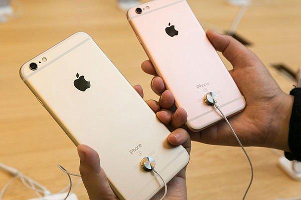Apple объявила о старте продаж iPhone 6s в 12 странах