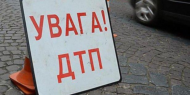 Во Львове дама за рулем сбила на переходе мать с двумя детьми