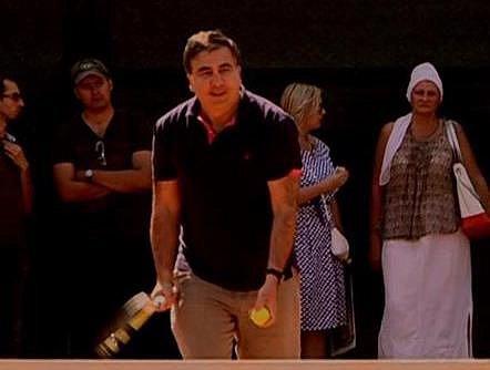 Саакашвили сыграл в теннис на корте Кивалова