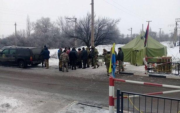 Блокада Донбасса: заблокирована дорога возле Торецка