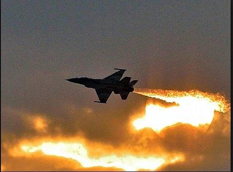 Сирия объявила о новом мощном авиаударе США: подробности
