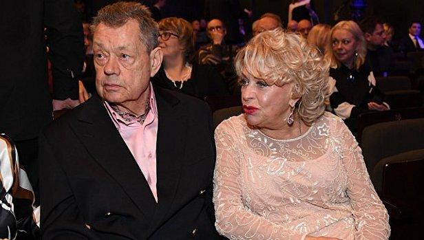 На фото известный советский и российский актер Николай Караченцев и Людмила Поргина