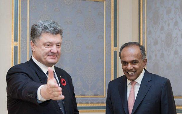 Порошенко призвал сингапурский бизнес инвестировать в Украину