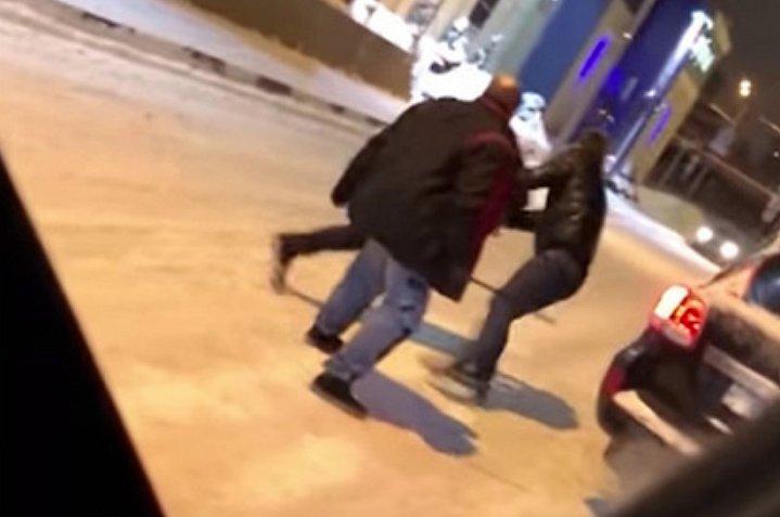 Популярного российского телеведущего избили (видео)