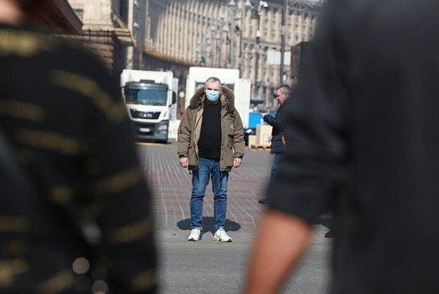 Торговцы в Киеве придумали, как обойти карантин — видео
