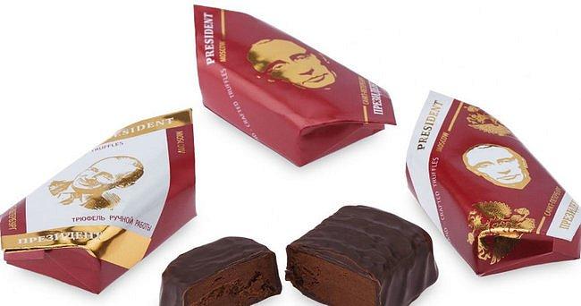 """В России продают шоколадные конфеты """"Президент"""" с портретом Путина: в состав входит водка и острый перец. ФОТО"""