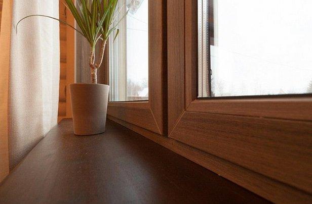 Цветные окна – дизайнерский подход к остеклению