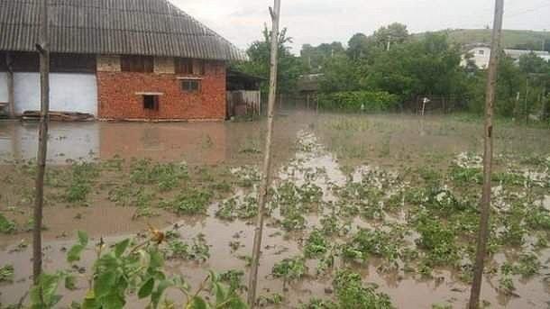 Стихия нанесла удар: к украинцам пришла  непогода