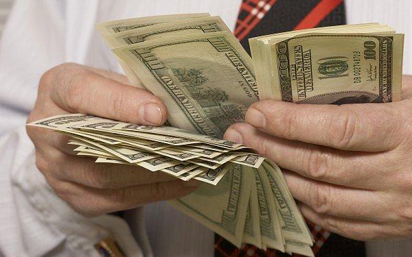 Гривня на межбанке закрылась курсом 22,87 за доллар