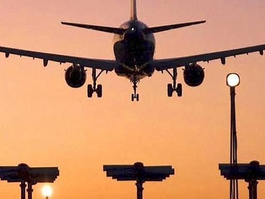 Украина официально уведомила Росавиацию о закрытии неба для самолетов РФ