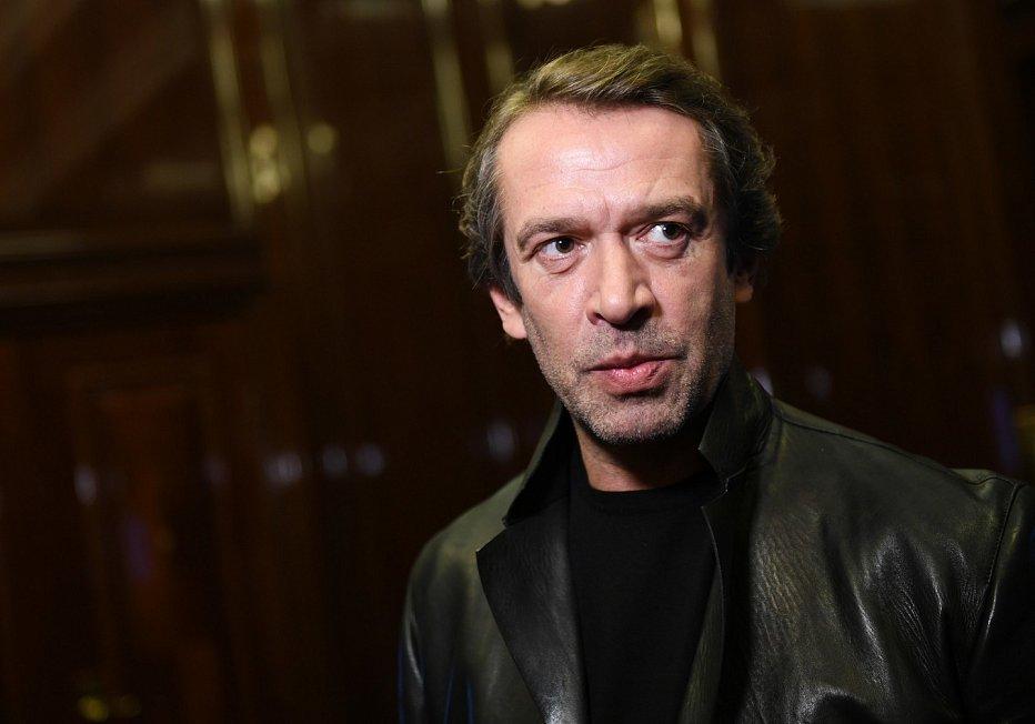 Известный актер публично обвинил Путина в краже