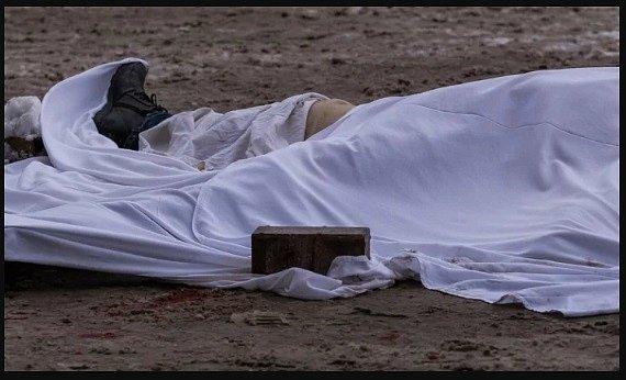 Сам умер, сам себя и хорони: в Киеве нашли загадочный труп, украинцы в шоке (фото)