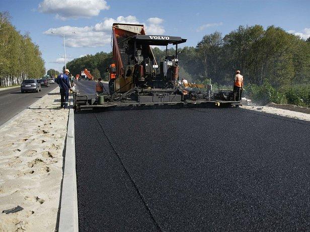 В Украине в этом году отремонтировано 1,5 тысяч км дорог