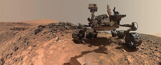 Марсоход третьего поколения «Кьюриосити» пока единственный обитатель красной планеты