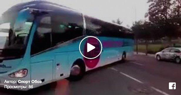 Испанские фанаты устроили эффектную акцию в поддержку Зозули (видео)