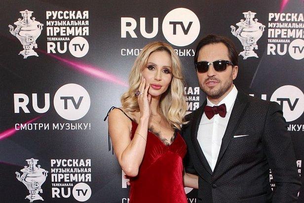 Ведущие премии - Светлана Лобода и Александр Ревва
