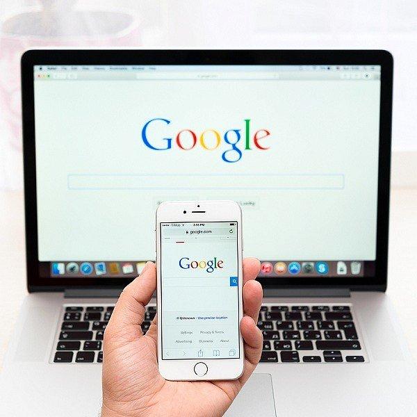 Фото - В Google признали, что прослушивают голосовые команды
