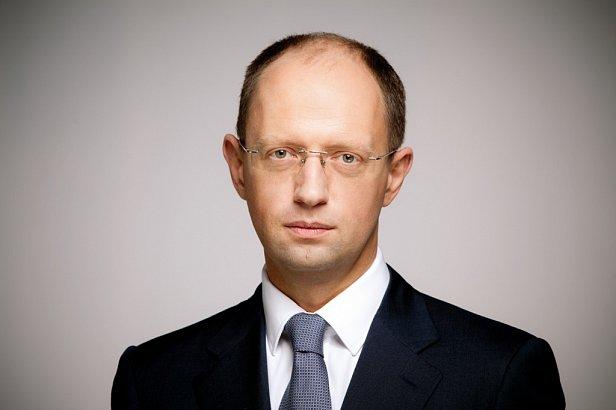 Яценюк: я не держусь за кресло и приму любое решение Рады